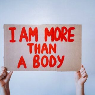 New #blogpost available on the Made You Loch website.   The first #blog of my new #sisterhoodseries is ready for your viewing, the first topic is exploring #bodyneutrality vs #bodypositivity   Link in #bio to read it now!   Love hard. Be fierce. Horns high 🖤⚡️🤘🏻 #bodyneutralitymovement #bodyimage #bodypositivemovement #womanpower #sisterhood #morethanabody #exploringbodyimage #writersofinstagram #blogger #madeyouloch